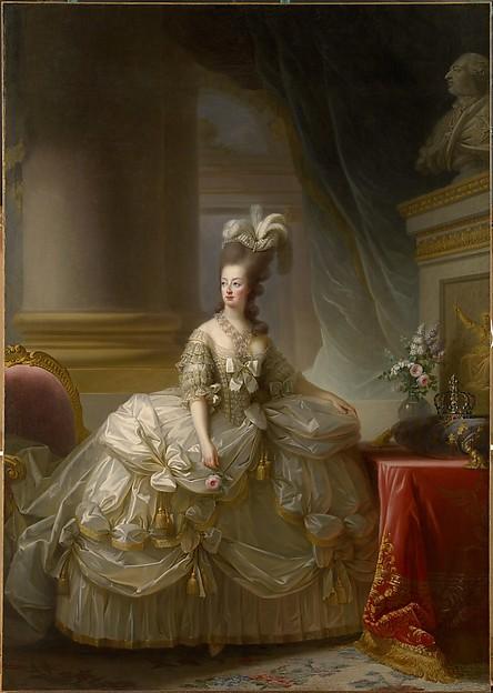 宮廷衣装のマリー・アントワネット