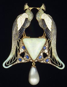 Working Title/Artist: Lalique Pendant, 1901 Department: ESDA Culture/Period/Location:  HB/TOA Date Code:  Working Date:  mma digital photo #S5852