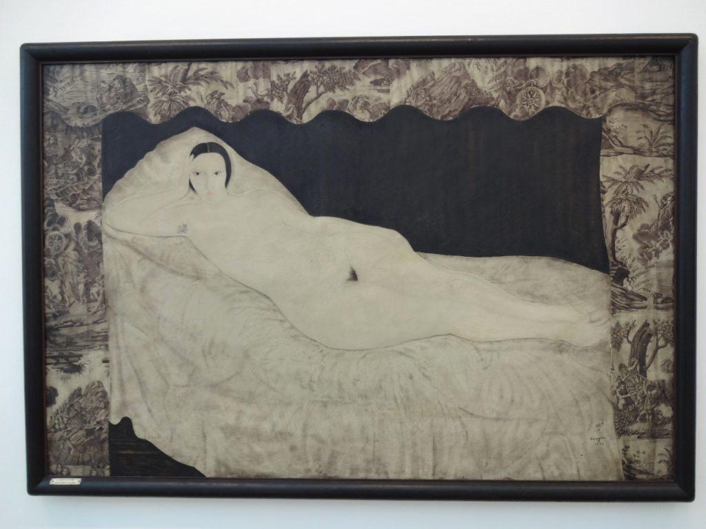 寝室の裸婦キキ