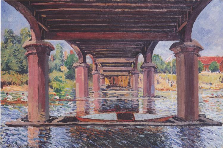 ハンプトン・コートの橋の下