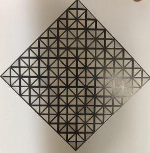 格子のあるコンポジション3:菱形のコンポジション