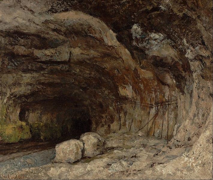 ナン=ス=サン=タンヌ近くのサラジーヌ洞窟