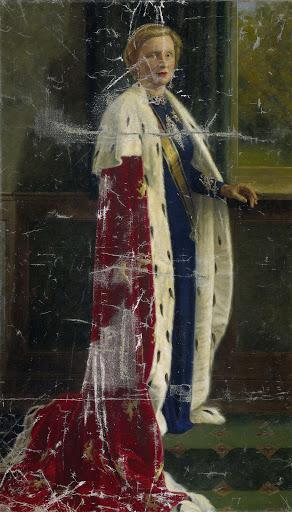 戴冠式の衣装を身に纏った、オランダのジュリアナ女王