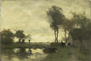 湖の近くの農場風景