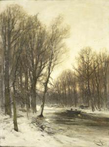 雪降る森の午後の眺め
