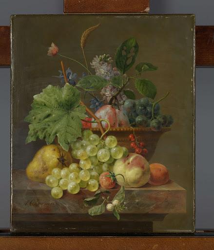 赤褐色の皿の果物のある静物