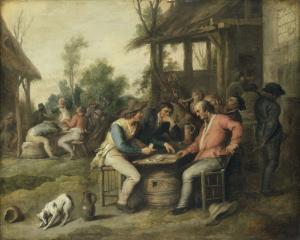 宿の外でカードで遊んでいる農夫